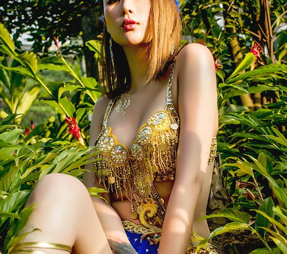 Chào đón nữ thần VwinBaby tháng 1 : Cô Nàng Nóng Bỏng Dingding
