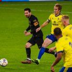 Messi tái xuất, Barca thua sốc tân binh Cadiz