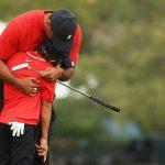 Con trai Tiger Woods khiến giới golf ngây ngất