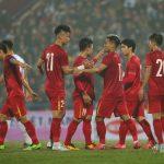 ĐT Việt Nam 2-2 U22 Việt Nam: Mãn nhãn siêu phẩm của Quang Hải