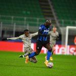 Lukaku bất lực, Inter Milan văng khỏi Champions League