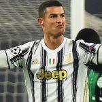 Juventus đàm phán giảm lương hoặc bán Ronaldo
