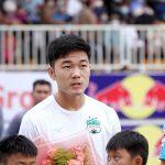 HLV Kiatisuk hãy 'giải cứu' Lương Xuân Trường