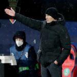 """Real bị """"tra tấn"""" bởi bão tuyết, Zidane chỉ trích La Liga"""