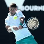 """Australian Open ngày 3: Djokovic vào vòng 3 sau 2 loạt """"đấu súng"""""""