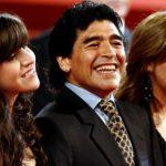 70 triệu bảng 'biến mất' đầy bí ẩn sau khi Maradona qua đời