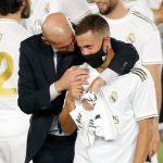 Hazard suy sụp vì chấn thương, Zidane lập tức 'thưởng nóng'
