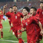 Quang Hải bất ổn: Không lo, thầy Park có cascadeur Công Phượng!