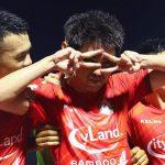 """Vòng 4 V-League: Lee Nguyễn mở tài khoản, Xuân Trường đấu """"võ mồm"""""""