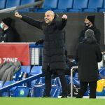 Man City gây bão, Pep Guardiola đọc thần chú chờ quân