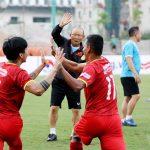 Thầy Park mạo hiểm với tuyển Việt Nam: Cẩn thận, kẻo lỡ!