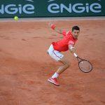 Roland Garros: Djokovic 'tốc hành' vào vòng 3