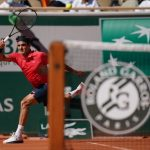 Hạ 'cây sào' Marin Cilic, Federer thẳng tiến vòng 3