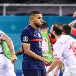 Phản ứng phòng thay đồ tuyển Pháp sau trận thua sốc