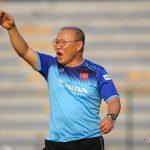 Tuyển Việt Nam đá vòng loại World Cup: Thầy Park đi học hay đi thi