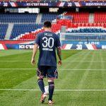 Khi nào Messi đá trận ra mắt PSG?