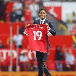 MU giới thiệu Raphael Varane trước giờ đấu Leeds khiến fan phấn khích